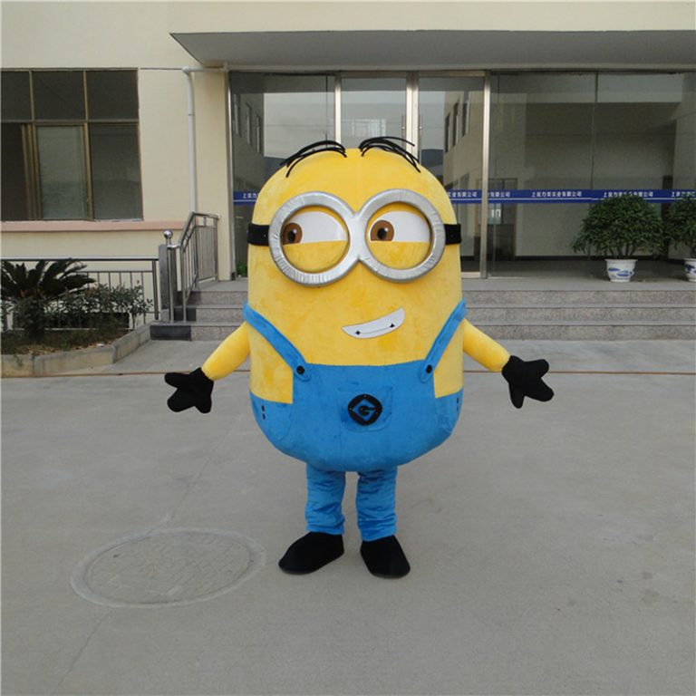 Minion Costume for Adults 2