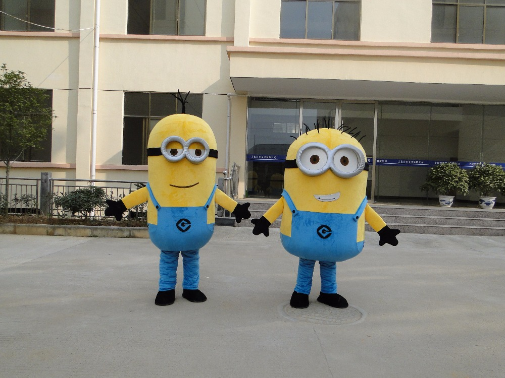 Minion Costume for Adults 3