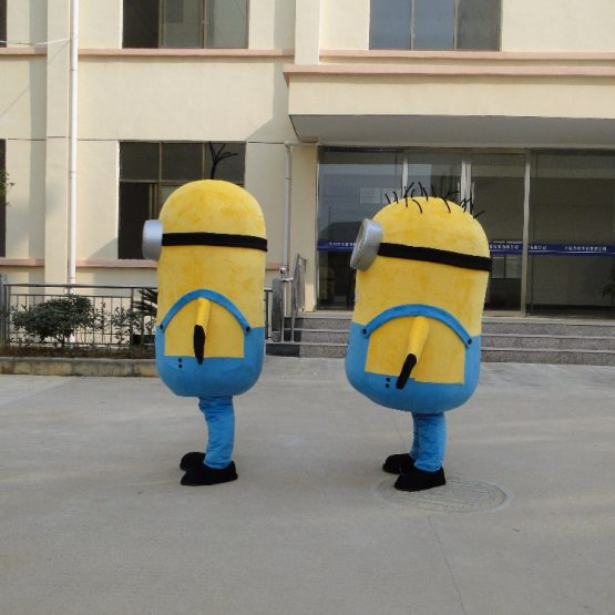 Minion Costume for Adults 9