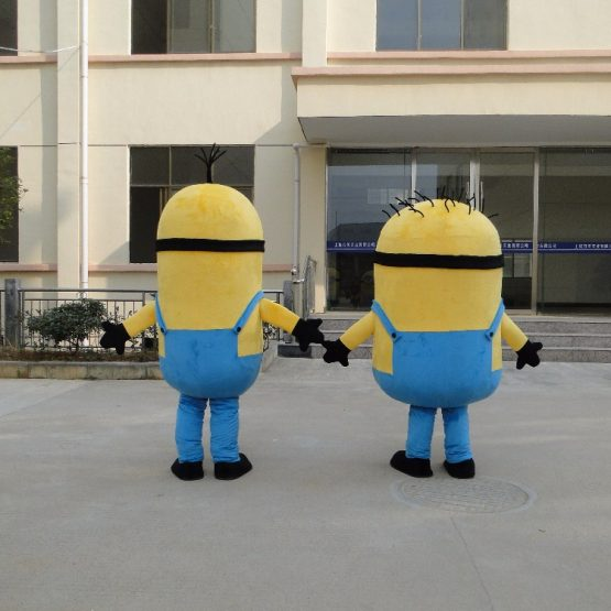 Minion Costume for Adults 10