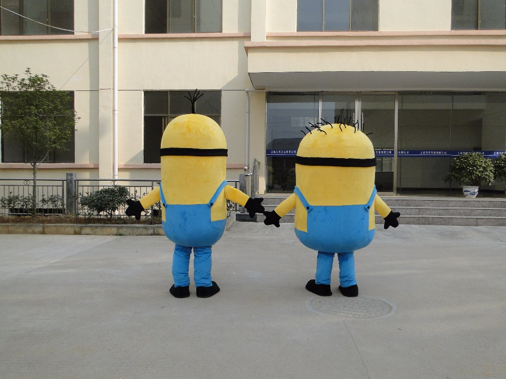 Minion Costume for Adults 5