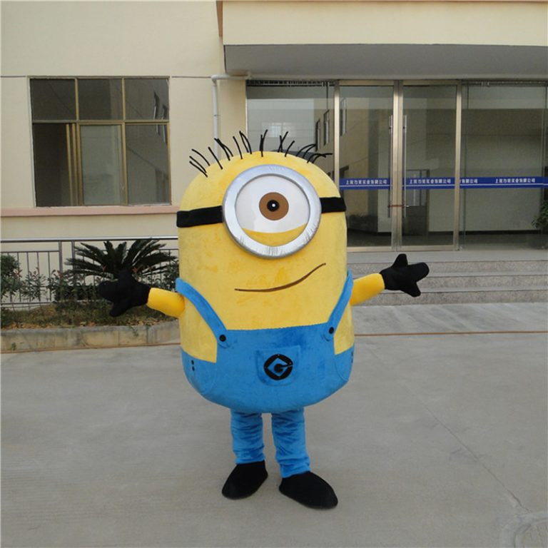 Minion Costume for Adults 1