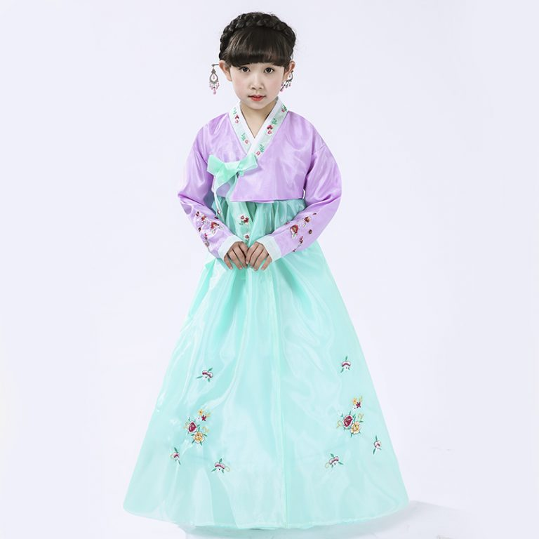 Traditional Korean Costumes for kids 13