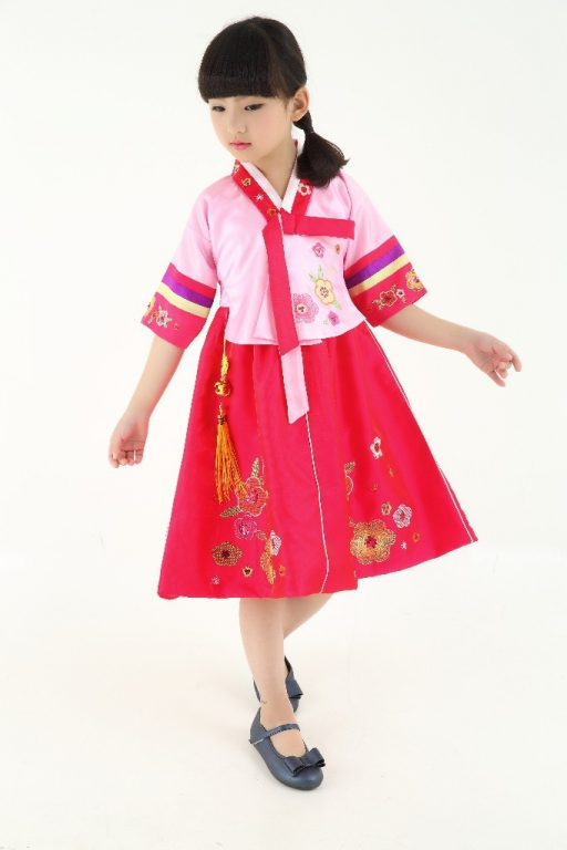 Traditional Korean Costumes for kids 3