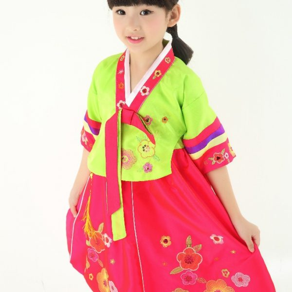 Traditional Korean Costumes for kids 10