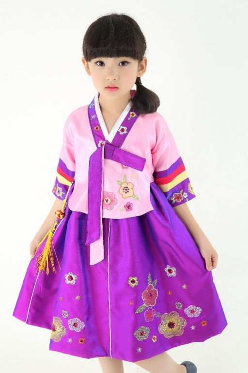 Traditional Korean Costumes for kids 1