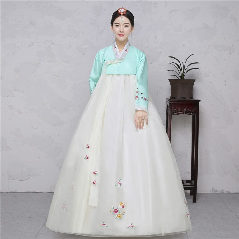 Traditional Korean Costumes for kids 12
